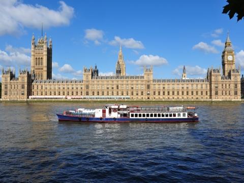 都柏林 伦敦 曼彻斯特 爱丁堡 贝尔法斯特-【跟团游】欧洲英国+爱尔兰12天*温莎古堡*玻璃走廊*巨人堤*双outlets*成都往返*等待确认