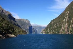 南北岛-【尚·深度】新西兰南北岛12天*纯玩*双湾全赏*广州往返<岛屿湾,九十哩海滩,穿越岩中洞之旅,冰河奇景,米佛峡湾>