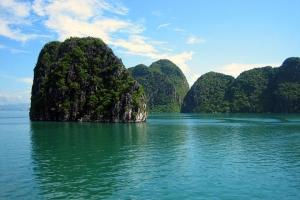 广西-【乐·深度】越南、下龙湾、巡洲岛4天*乐游*动车<船游下龙湾,升级超豪华酒店>