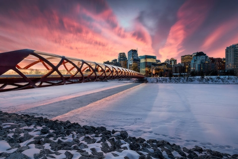 加拿大西岸、育空白马极光10天.极地温泉.狗拉雪橇.温哥华海鲜餐