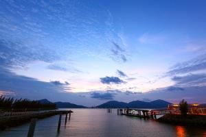 马来西亚-【自由行】马来西亚吉隆坡邦咯岛5天*机票+4晚超豪华酒店*等待确认 <绿中海超豪华度假村2晚花园别墅+2晚吉隆坡·觅酒店>