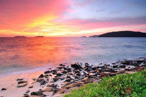 马来西亚-【典·休闲】马来西亚沙巴5/6天*双岛联游*浮潜体验+香蕉船<沙比岛+马努干岛联游,海边酒吧街看日落,水果园水果大餐,长鼻猴+萤火虫>