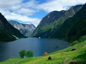 列支敦士登-【品质】北欧冰岛13天*船游冰湖*北京往返*等待确认
