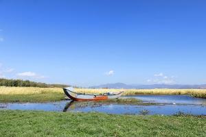 【云南当地玩乐】大理环洱海环湖SMART 敞篷车自驾+跟拍+含纳西族地道美食1天游<驾期>