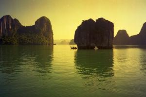 佛山-【跟团游】越南、下龙湾、天堂岛、河内、动车5天*0自费*佛山