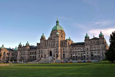 温哥华 维多利亚港 加拿大-【典·慢享】加拿大西岸9天*名城悠闲<布查特花园,格兰维尔岛,世界上最长吊桥,温哥华3天自由活动>