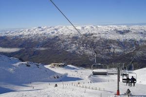 皇后镇-【尚·深度】新西兰南岛10天*温泉滑雪*亲子农庄*纯玩<专业华语滑雪课程,泛舟雅芳河>
