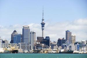 皇后镇-【精品小团】新西兰南北岛10天*海陆空全体验*等待确认<海上品尝肥美生蚝,陆地自驾四驱摩托车,空中飞机驾驶体验>