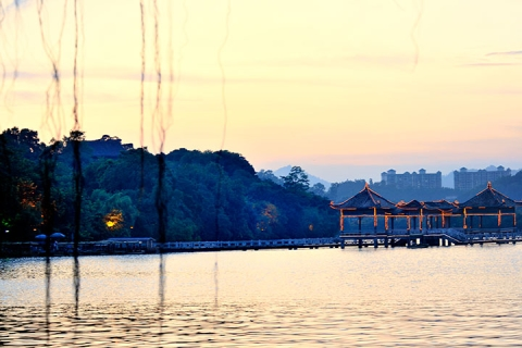 惠州西湖1天.哈斯塔特小镇.丰渚园