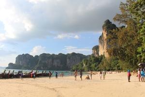 泰国-泰国【当地玩乐】代订甲米塔兰+游泳一日游*等待确认