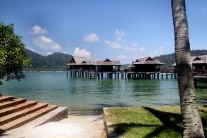 马来西亚-【马来西亚邦咯岛3天2夜】绿中海超豪华度假村3天2晚花园别墅*等待确认