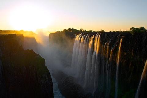 埃塞俄比亚 卢旺达 乌干达 刚果 布隆迪 赞比亚 津巴布韦 博茨瓦纳-【精品小团】非洲八国19天*秘境寻奇<尼罗河源头,大猩猩追踪,尼拉贡戈火山,维多利亚大瀑布,乔贝国家公园+奥卡万戈三角洲>