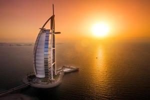 迪拜-【自由行】广州出发。塞舌尔(六善酒店)+迪拜(帆船酒店)双国9天6晚<阿联酋航空>。等待确认