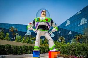 上海迪士尼乐园-迪士尼乐园酒店花园房+1大1小上海迪士尼1日门票