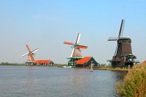 荷兰-【单项机票预定】广州往返阿姆斯特丹机票。等待确认