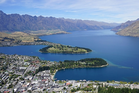 新西兰南岛冰河峡湾9天<入住农庄.冰河前沿健行.世界最佳景观餐厅>
