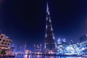 迪拜-【尚·休闲】阿联酋迪拜7天*双桅帆船海上巡游<超豪华酒店,乘观光轻轨俯瞰棕榈岛,哈利法塔>