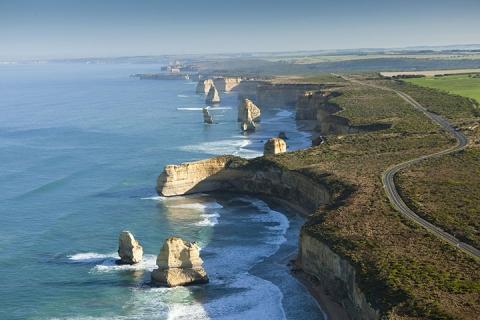 澳洲奇趣淘金10天<大堡礁.伊莉特夫人岛.悉尼.墨尔本.布里斯本.黄金海岸>
