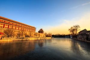 故宫-【典·休闲】北京、双飞5天*居庸关长城*故宫博物院*天坛*乐游<京味美食,颐和园品茗>