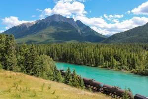 加拿大-【跟团游】加拿大温哥华落基山脉8天*精彩之旅*深起港止