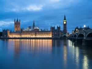 英国-【跟团游】欧洲英国+爱尔兰12天*温莎古堡*玻璃走廊*巨人堤*双outlets*成都往返*等待确认